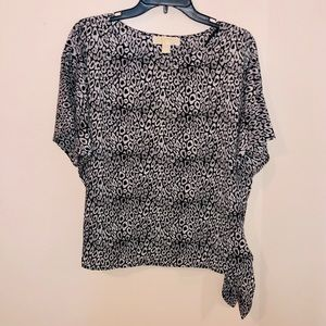 MICHAEL KORS tie pattern black and white blouse